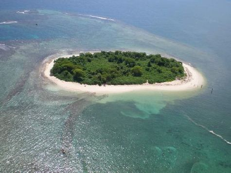 Гаити входит в группу Антильских островов