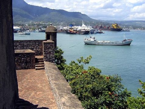 Пуэрто-Плата находится на северо-востоке о. Гаити всего в 250 км от Санто-Доминго