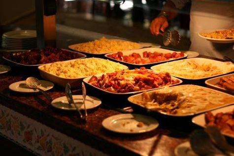 Питание в отеле вкусное и разнообразное, однако приесться, как известно, может любая пища, поэтому будьте умеренны!