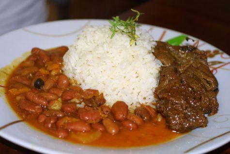 Классическое блюдо в кухне Хуан-Долио - Бандера