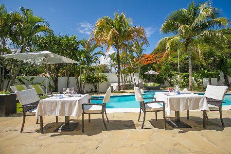 Среди мини-отелей можно выделить B&B Casa Veintiuno (о. Сосуа) и некоторые другие