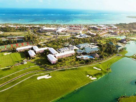 Ооочень большой, стильный и  красивый пятизвездочный отель с хорошей инфраструктурой и разнообразной кухней!