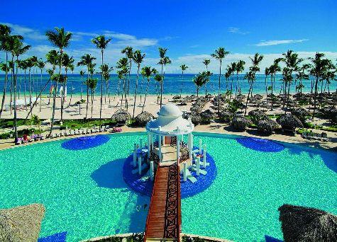 Парадисус - то, что нужно на отдыхе в Доминикане: территория отеля красивая и зеленая, множество цветов, пальм.. искусственные водоемы с чудесными рыбками, черепахами и вкраплениями фламинго!