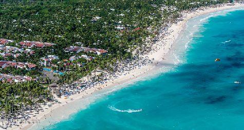 Если где в мире и существуют пляжи в стиле а-ля Баунти, то они находятся в Пунта-Кана!