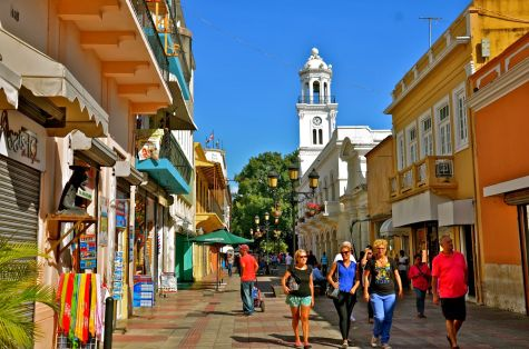 Исторический центр города Санто-Доминго находится в списоке всемирного наследия ЮНЕСКО, поэтому здесь есть на что посмотреть