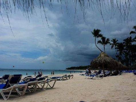 Многие туристы, отправляющиеся на отдых в Доминикану беспокоятся, не помещает ли их отдыху так называемый сезон дождей?